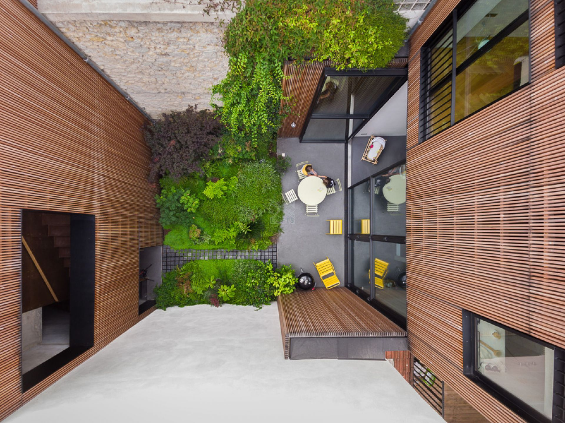 maison d 39 architecte avec terrasse et jardin bagnolet. Black Bedroom Furniture Sets. Home Design Ideas