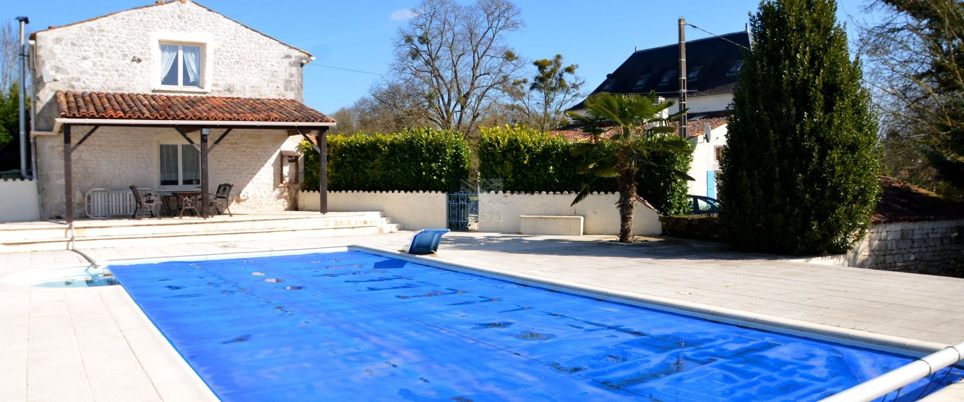 covered outdoor swimming pool property Royan