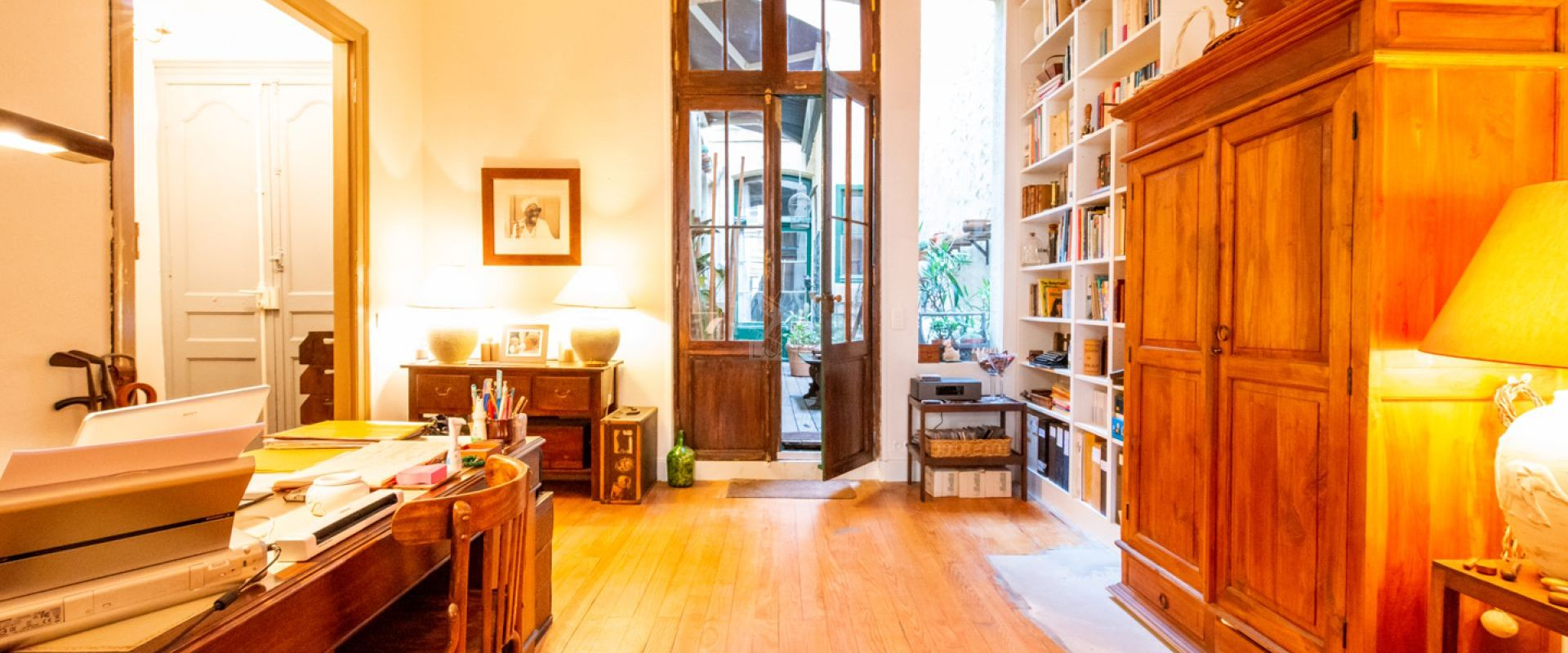 Renovated apartment in the heart of the Chartrons in Bordeaux